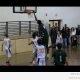 228 cm pikkune korvpallur, kes on teistest peajagu üle (video)