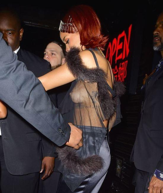 Rihanna-6