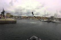 Mees teeb uue Guinnessi maailmarekordi pikimas hõljukisõidus – 2,252 meetrit!