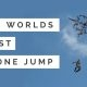 Läti firma Aerones ehitas drooni, mis on võimeline inimest kandma – selle tõestuseks tõstab langevarjuri õhku