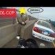 Politseinik võtab mootorratturi rajalt maha vaid sellepärast, et möödasõitjatele head meelt teha