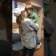 Südantlõhestav: nelja aastane poiss on pisarais, kui kuuleb et ta peab naasma oma vägivaldse narkomaanist ema juurde