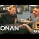 Conan proovib kätt geide Tinderis – Grindr'is