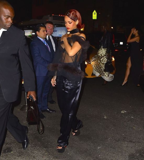 Rihanna-11