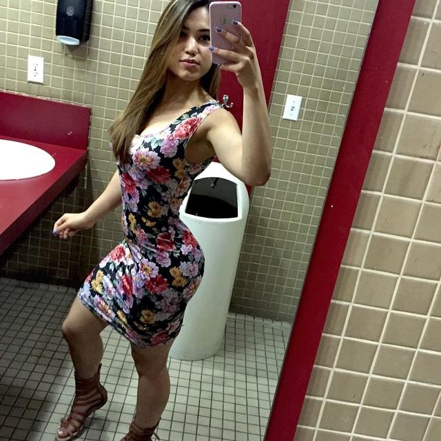 tight_dresses_13