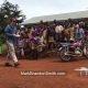 Vahepeal Aafrikas.. filmitegija lendab oma Phantom drooniga üle koolilaste, kes pole midagi sellist enne näinud