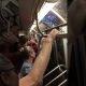 """Vahepeal NY metroos – rahvas viskab purjus """"adovkaadi"""" metroost välja"""