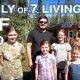 7-liikmeline perekond, kes elab Kanadas off-the-grid