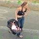 Metamfetamiin on hirmus asi. Idioodist ema kihutab autoga politsei eest kiirusel 160km/h ja teeb avarii, endal imik autos!