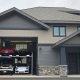 Võidusõidukompleksi omanik ehitab raja kõrvale eramud unistuste garaažidega