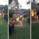 Mees paneb kogematta oma ema tagaaia põlema