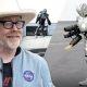 Mythbusters'i Adam Savage ehitas Raudmehe kostüümi, millega saab lennata